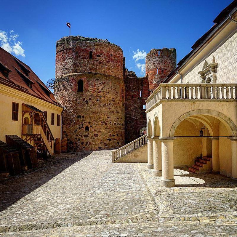 Красивые города Латвии: Бауска
