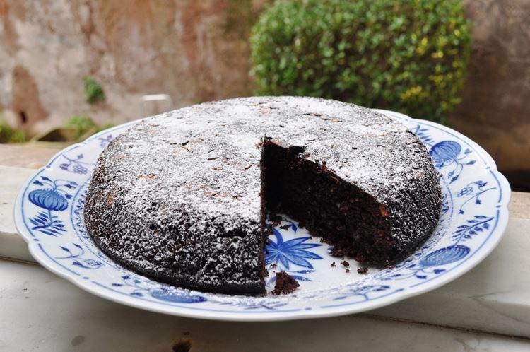 Классический итальянские десерты: Торт Капрезе