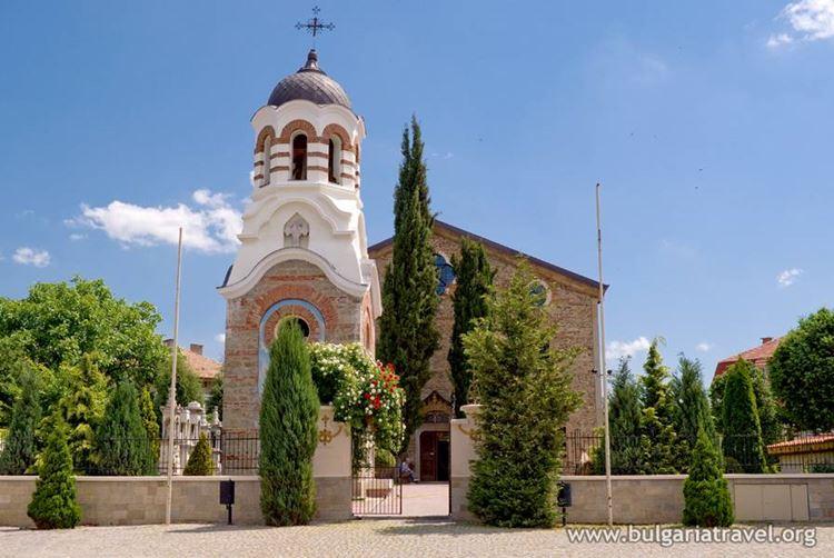 Крупные и красивые города Болгарии: Казанлык