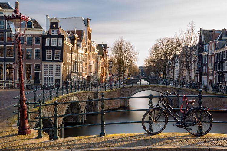 Самые известные и красивые улицы мира - Регульерсграхт в Амстердаме (Нидерланды)