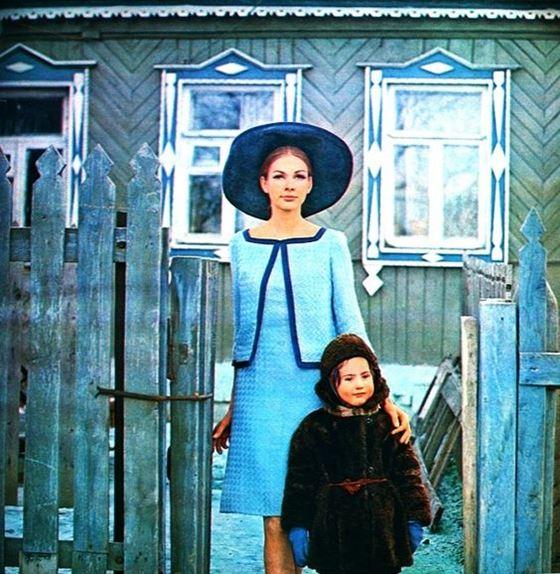 Москва 60-х на фото Пола Хафа для модной коллекции Dutch в журнале Avenue - фото 6