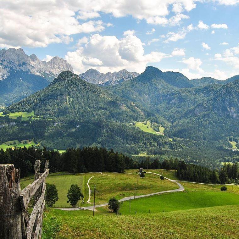 Красивые деревни и маленькие города Австрии: Лофер