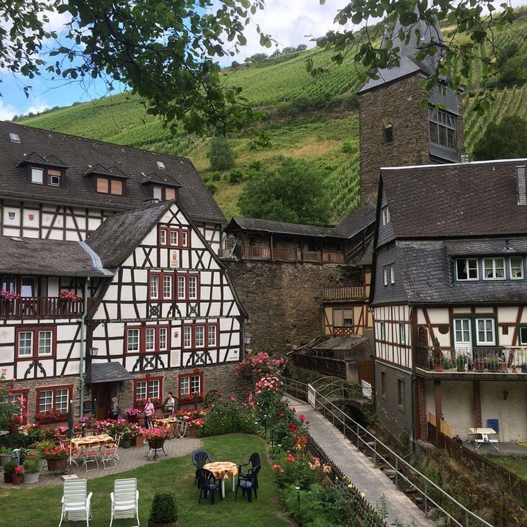 Красивые деревни и маленькие города Германии: Бахарах