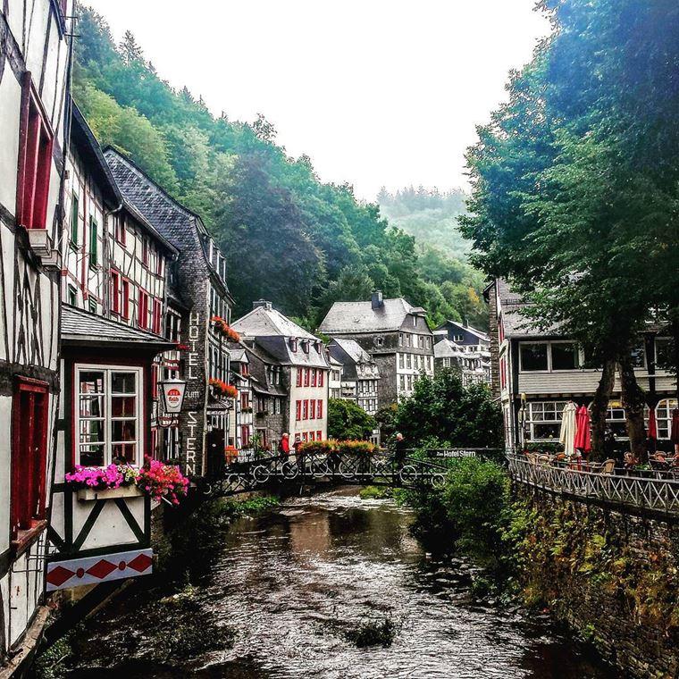 Красивые деревни и маленькие города Германии: Моншау