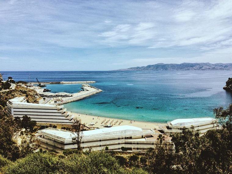 Топ-12 лучших пляжей Марокко: для отдыха и серфинга - Пляж Кемадо, Эль-Хосейма
