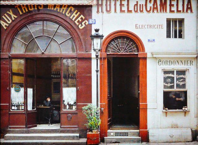 Старый Париж: редкие цветные фото - фасады домов