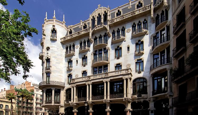 Архитектура Барселоны: Дом Фустера