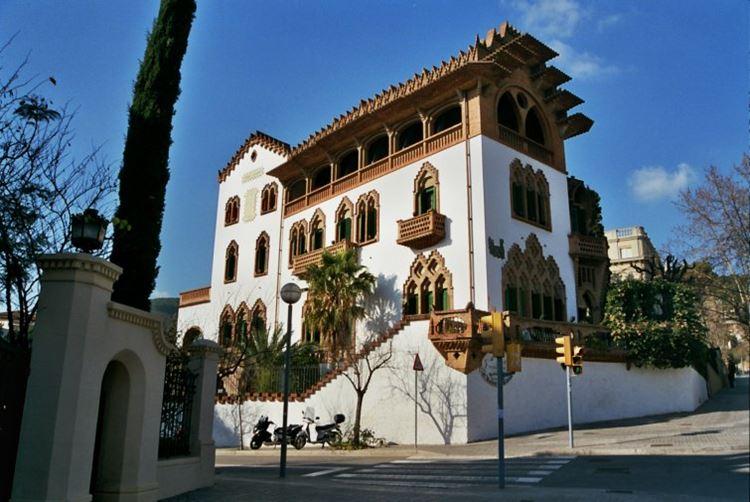 Архитектура Барселоны: Дом Ровиральта