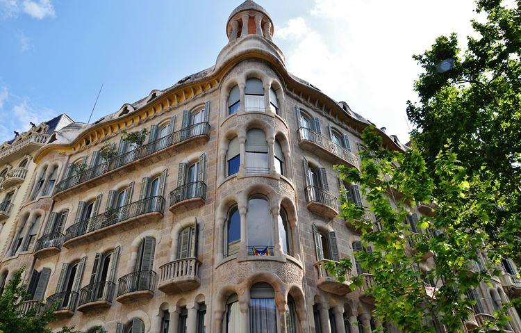 Здания Барселоны: Дом Сайрака