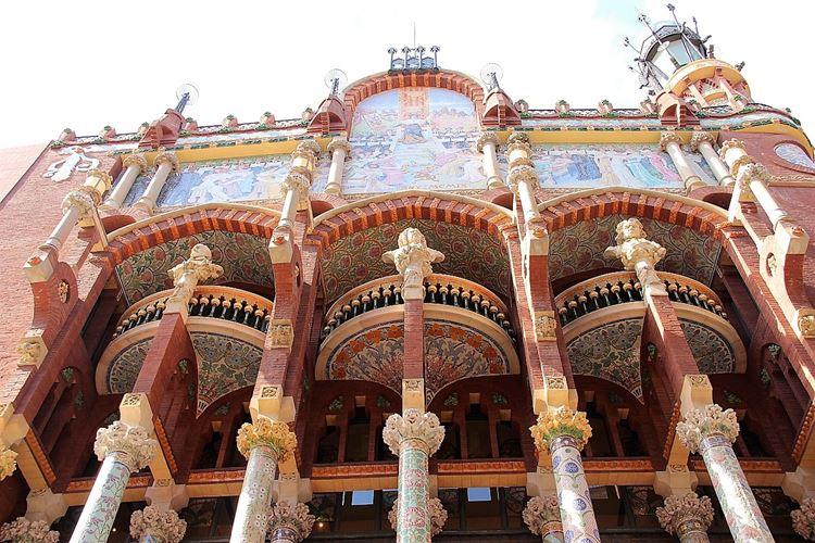 Здания Барселоны: Дворец каталонской музыки