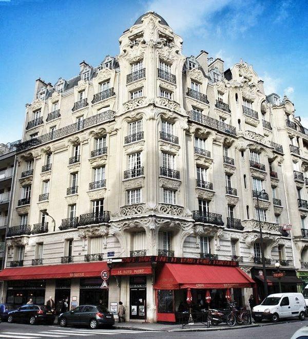 Архитектура Парижа: 10 красивых зданий в стиле ар нуво - Здание на площади Этьена Перне