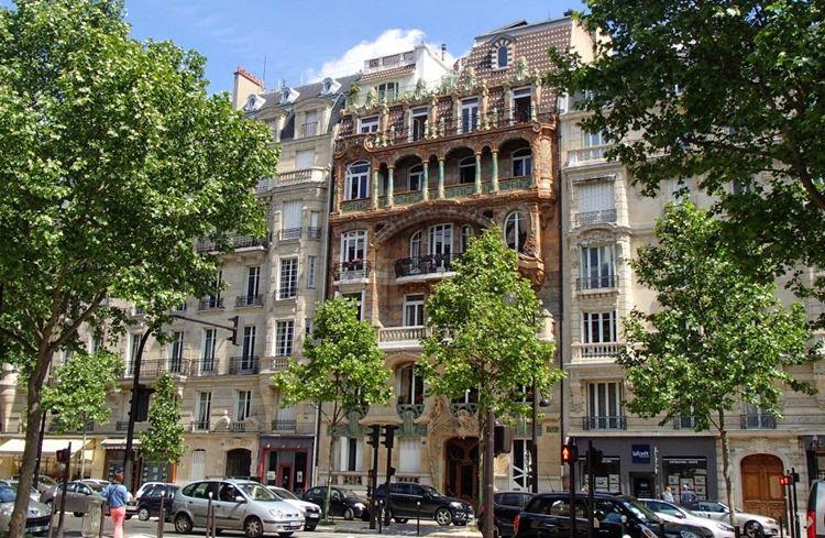 Архитектура Парижа: 10 красивых зданий в стиле ар нуво - Здание Лавиротта на проспекте Рапп 1