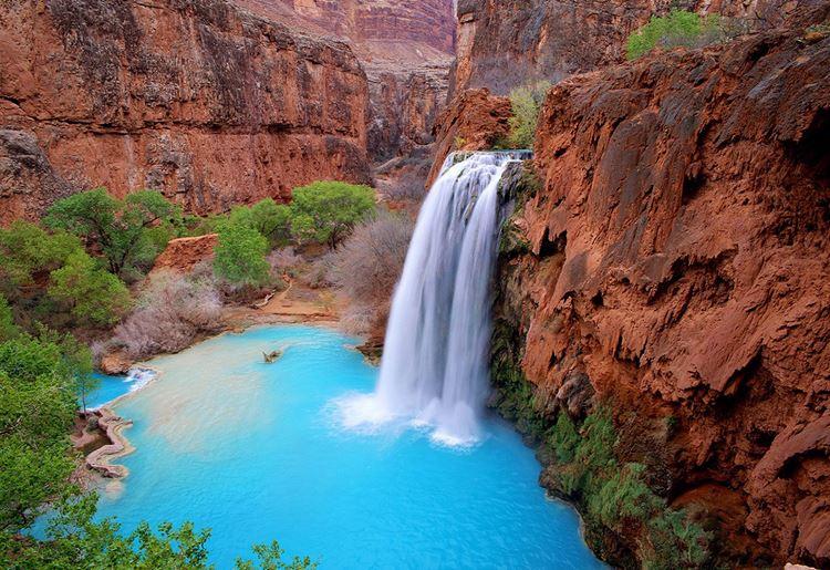 Топ-10 самых красивых природных бассейнов мира - Бассейны Большого Каньона в США