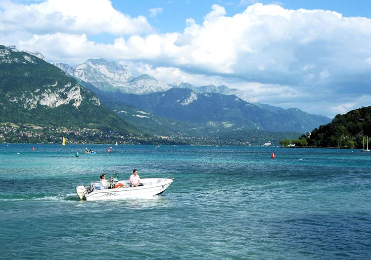 Крупные озера Франции: Анси