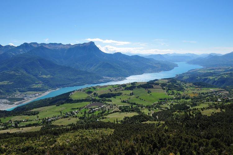 10 самых красивых озёр Франции - Озеро Сер-Понсон