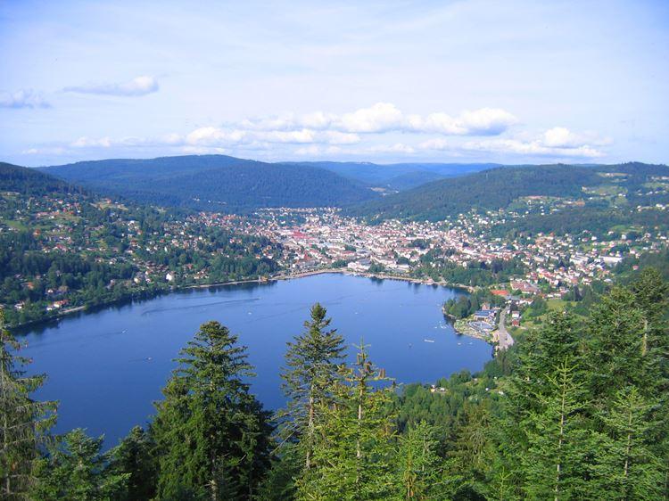 Красивые озера Франции: Жерарме