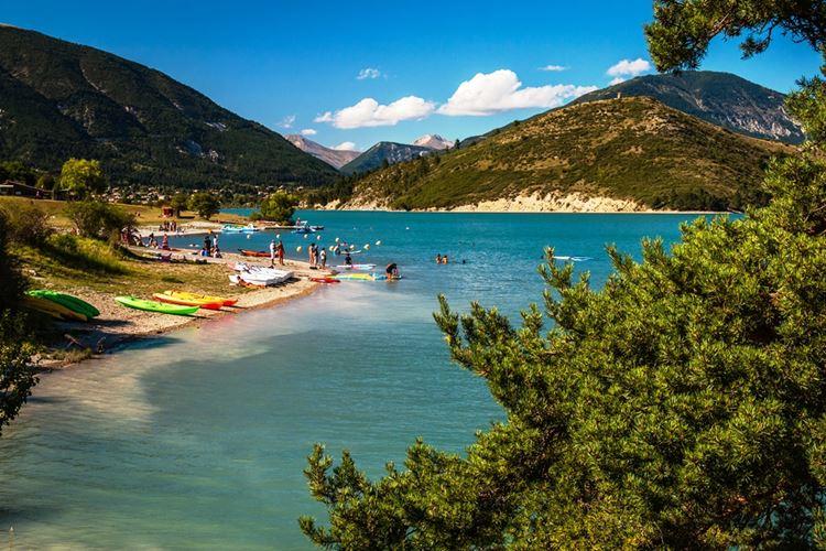 Красивые озера Франции: Кастийон