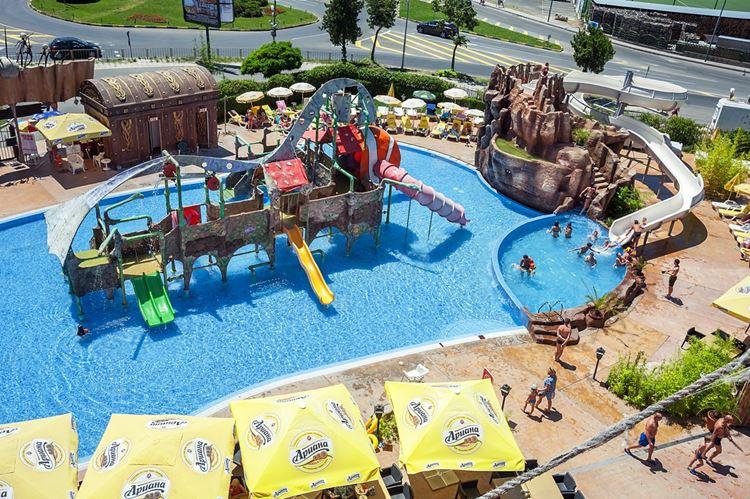 Отели Болгарии с аквапарком и водными горками:  Kotva Hotel (Солнечный берег) - детский бассейн