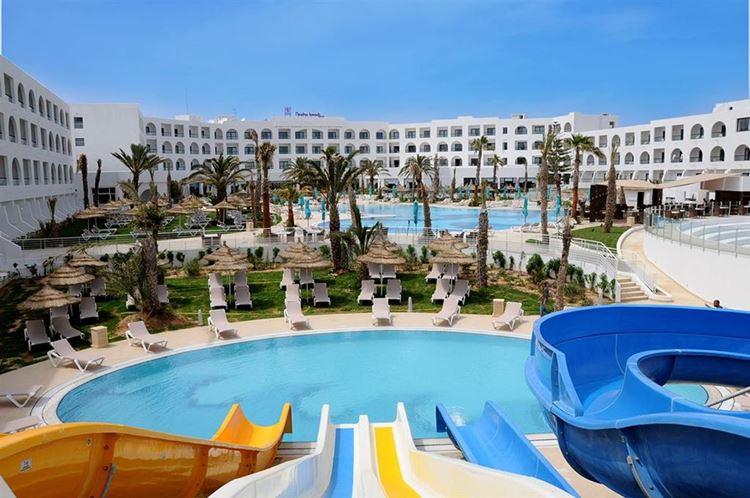 Отели Туниса с водными горками, Vincci Nozha Beach and Spa