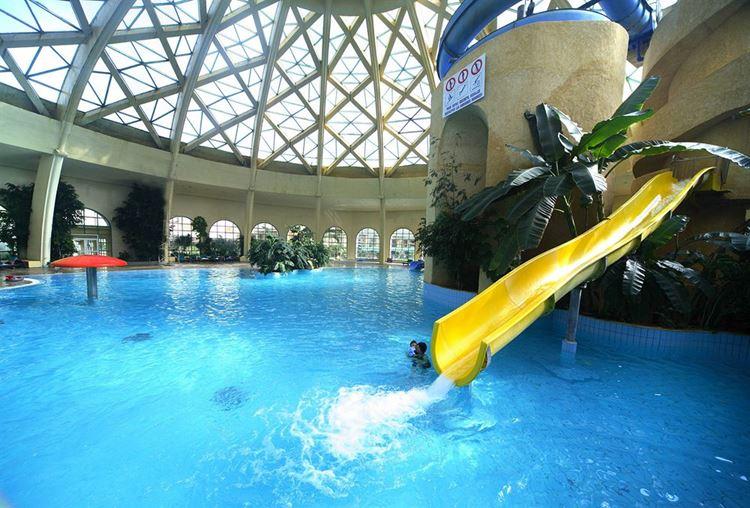 Отели Туниса с водными горками, Suites Hotel Les Charmilles & Spa