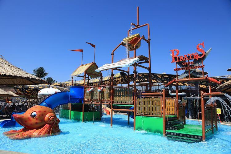 Отель Турции с водными горками Cactus Mirage Family Club (Яликавак/Бодрум)