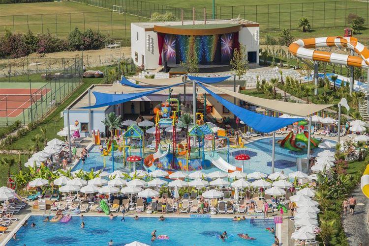 Отель Турции с аквапарком Dream World Aqua (5 звёзд)