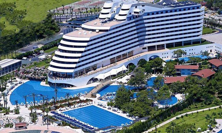 Отель Турции с аквапарком  Titanic Beach Lara (5 звёзд)
