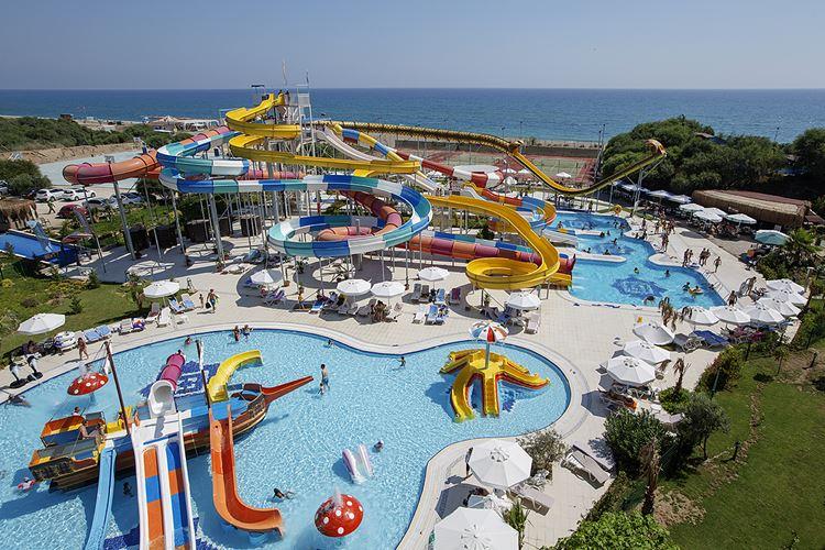 Отель Турции с водными горками Nashira Resort Hotel & Spa (Титрейенгёль/Сиде)