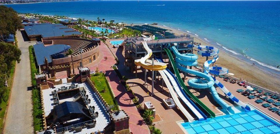 15 отелей Турции с аквапарком: лучшие водные развлечения