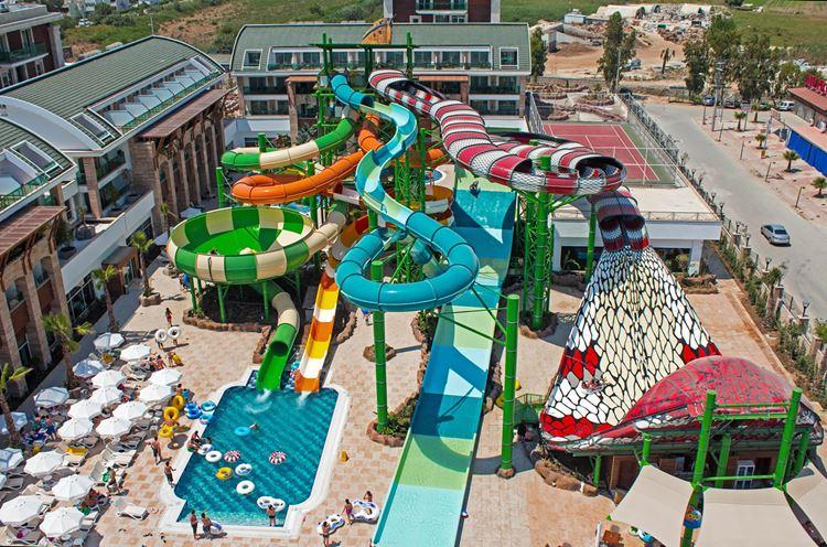 Отель Турции с водными горками Crystal Waterworld Resort & SPA (Богазак/Белек)