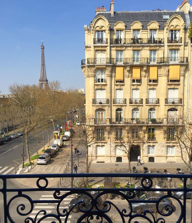 Отели Парижа с видом на Эйфелеву башню: HôtelDuquesne Eiffel