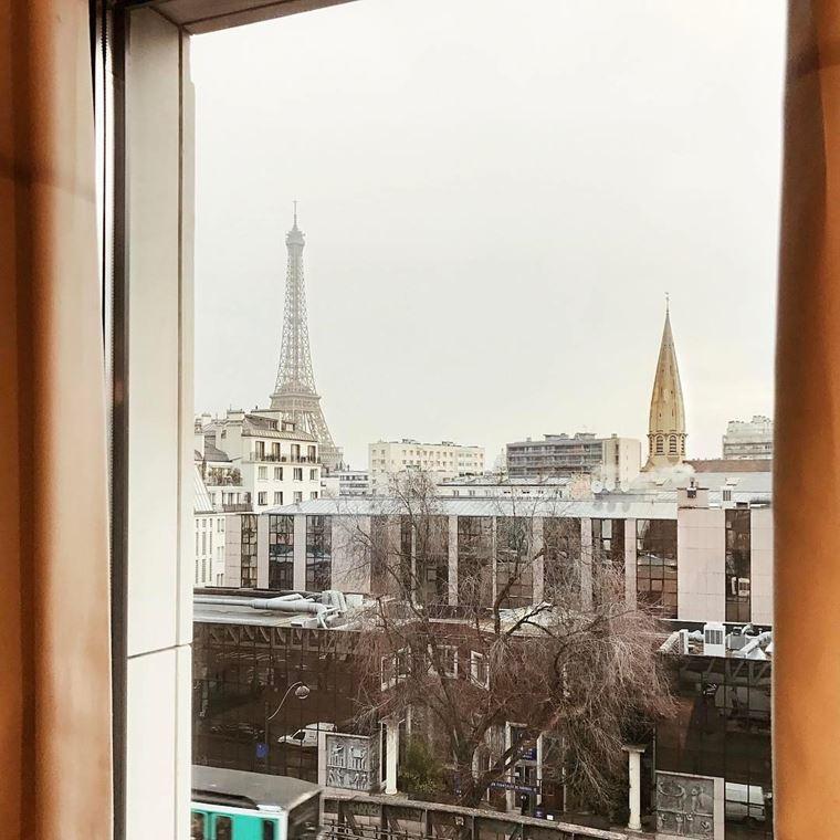 Отели Парижа с видом на Эйфелеву башню: Hôtel Le Parisis