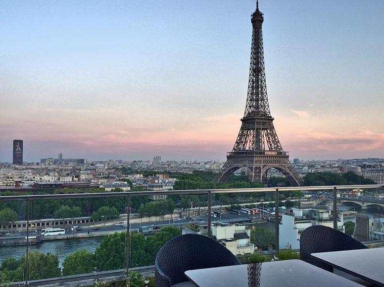 Отели Парижа с видом на Эйфелеву башню: Shangri-La Hotel