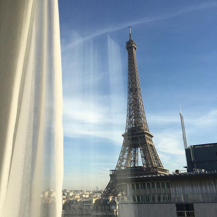 Отели Парижа с видом на Эйфелеву башню: Mercure Paris Centre Tour Eiffel