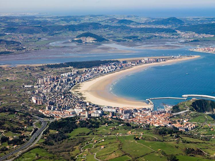 Города Испании на побережье Атлантического океана - Ларедо