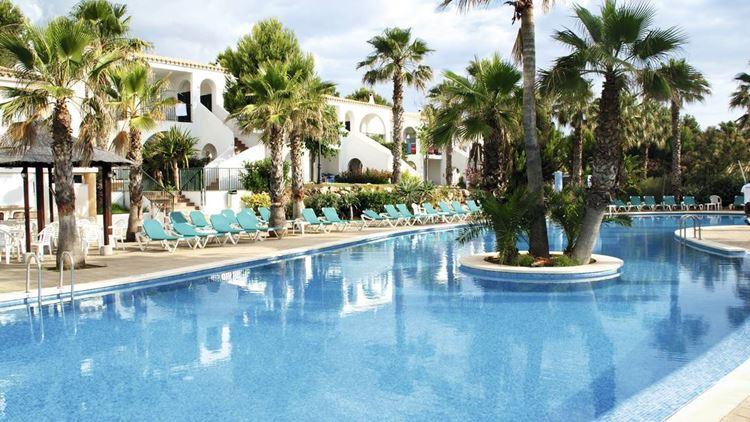 Отель Испании с аквапарком Marina Parc (Менорка/Аренал-ден-Кастель)