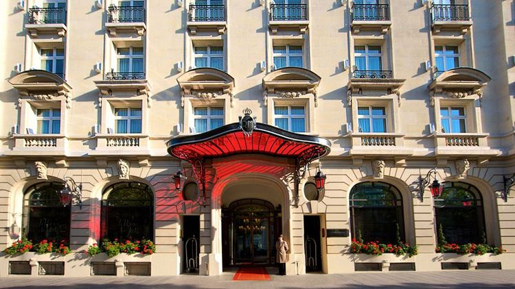парижский отель Le Royal Monceau-Raffles Paris