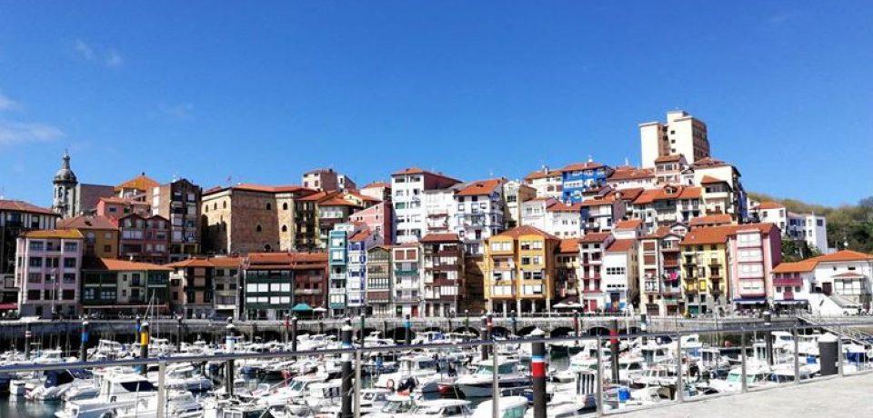 Города Испании на побережье Атлантического океана