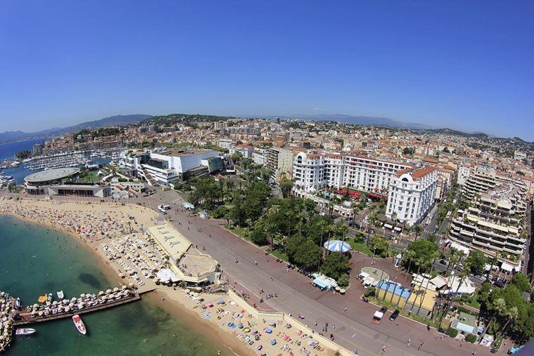 Города южной Франции на побережье Средиземного моря: Канны