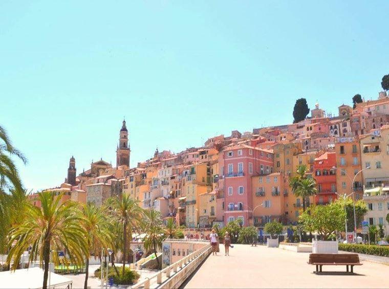 Города южной Франции на побережье Средиземного моря: Ментон