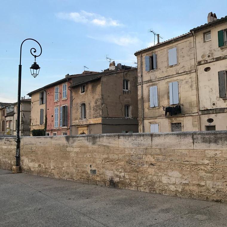 Города южной Франции на побережье Средиземного моря: Арль