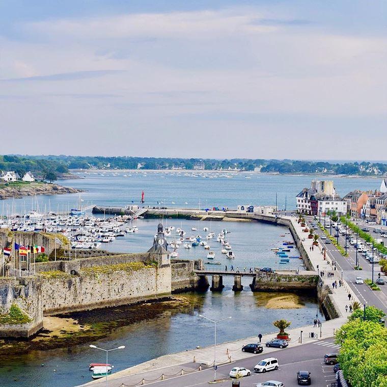 Города западной Франции на побережье Атлантического океана: Конкарно