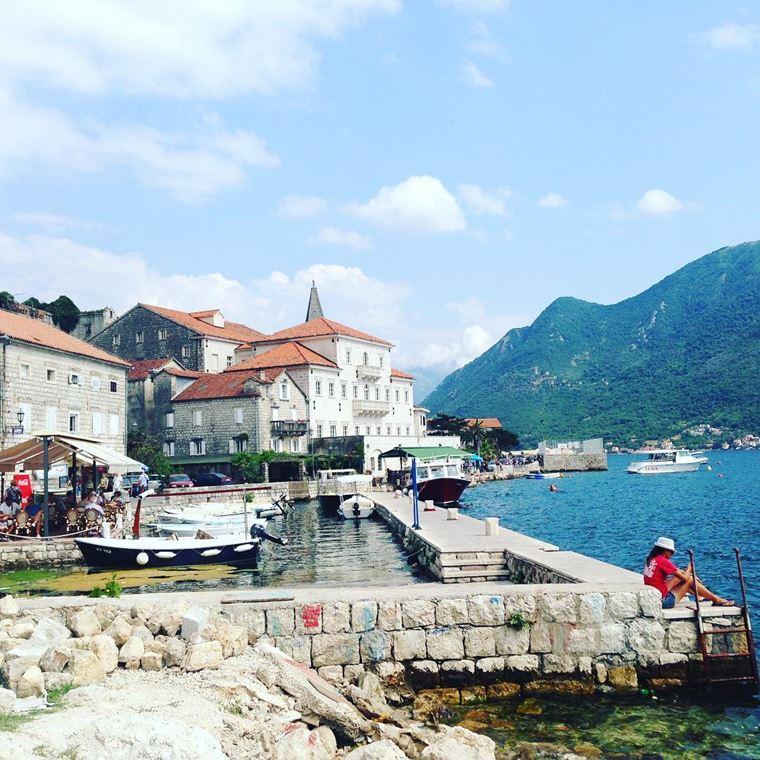 Курортные города Черногории на побережье: Пераст