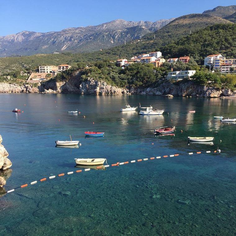 Курортные города Черногории на побережье: Пржно