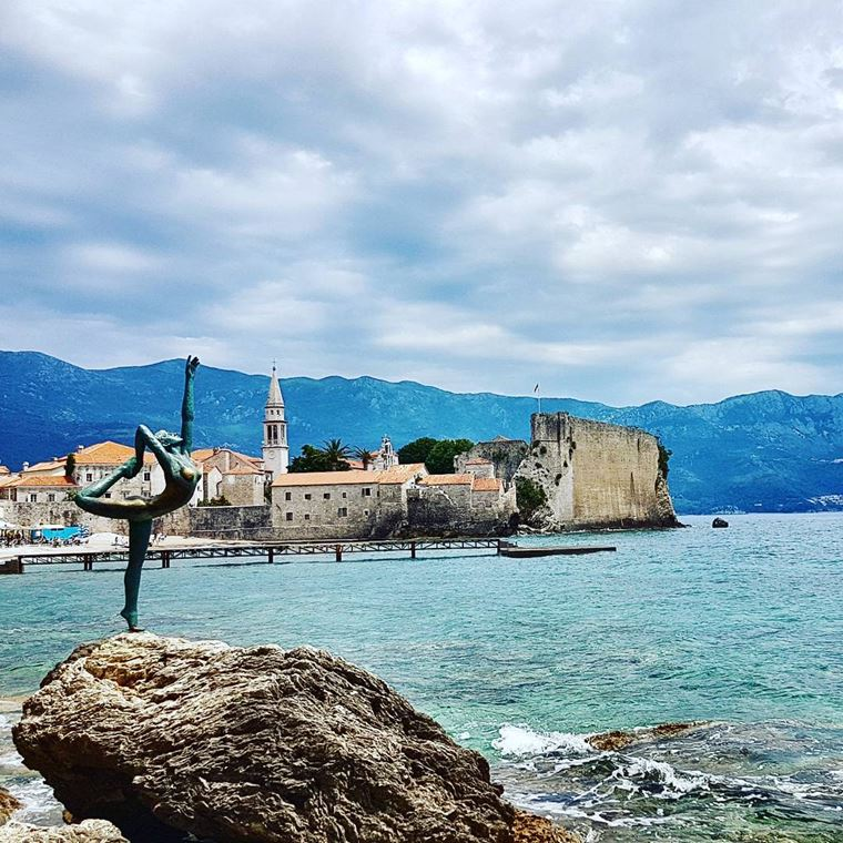 Курортные города Черногории на побережье: Будва