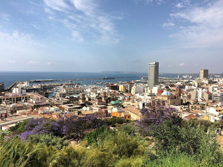 Курортные города Испании на побережье Средиземного моря: Аликанте