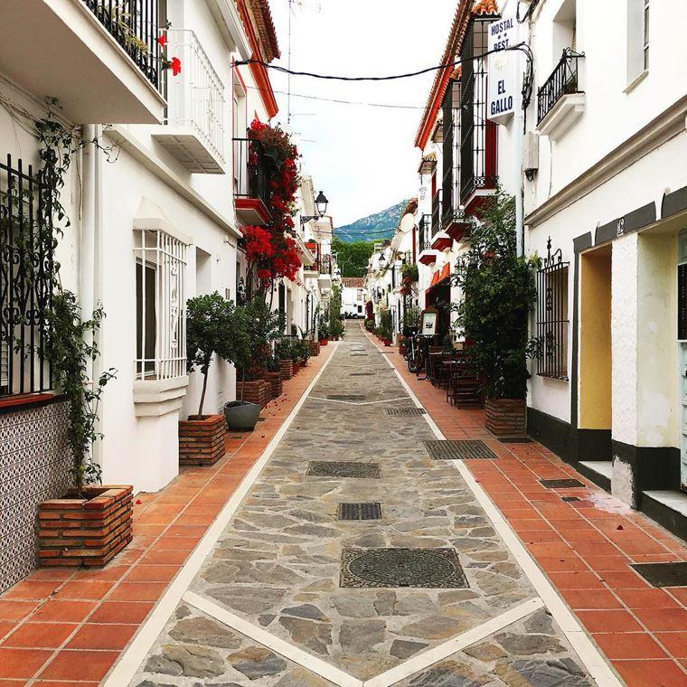 Курортные города Испании на побережье Средиземного моря: Марбелья