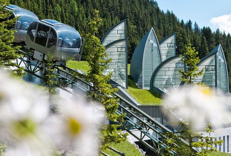 Tschuggen Grand Hotel открывает летний сезон в Арозе, Швейцария