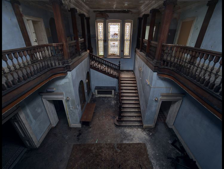 """Фотовыставка """"Forgotten Heritage"""" Мэттью Эммета - лестницы"""