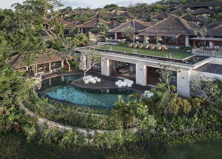 Four Seasons Resort Bali at Jimbaran Bay - открытый бассейн с виллой